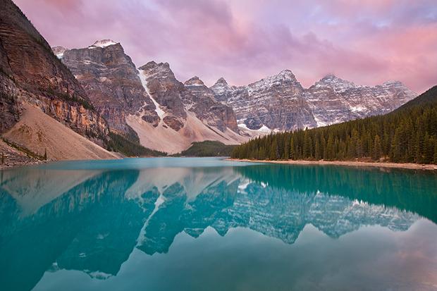 Lake Moraine - Banff Canada