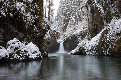 Snowy Punchbowl Falls