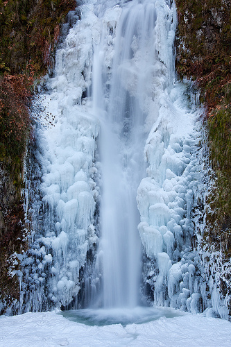 Frozen Multnomah Falls - Winter 2009