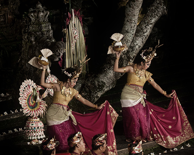 Hindi Dancers - Bali Indonesia