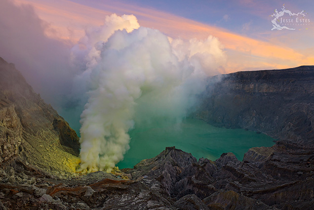Photographing Kawah Ijen - East Java, Indonesia