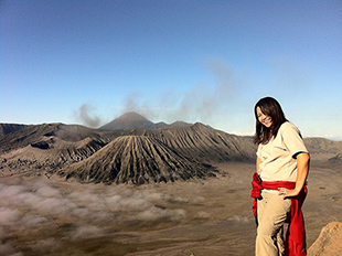 Helminadia - Photographing Mount Bromo